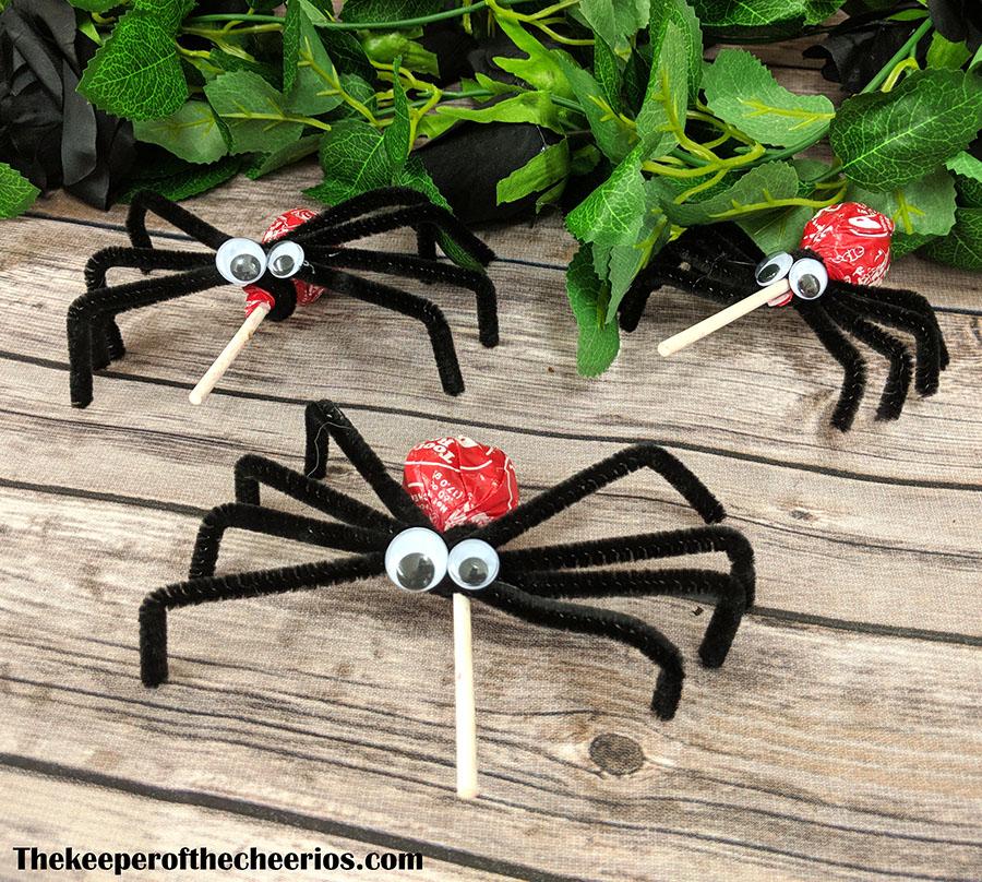 lolli-pop-spider-suckers