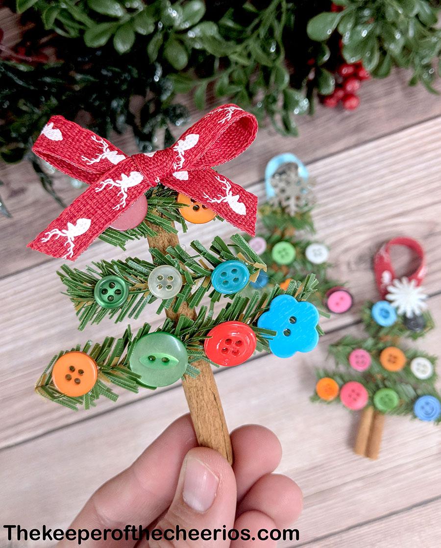 cinnamon-stick-christmas-tree-ornaments