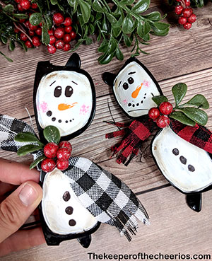 snowman-sunglasses-ornament-smm