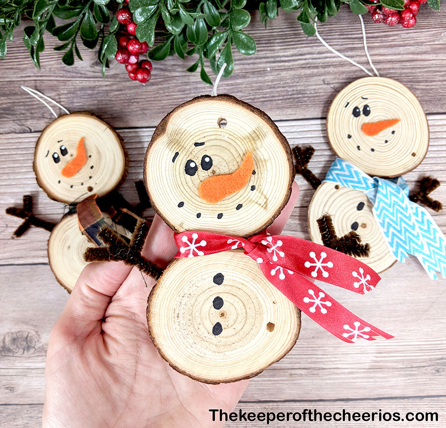 wood-slice-snowmen-7