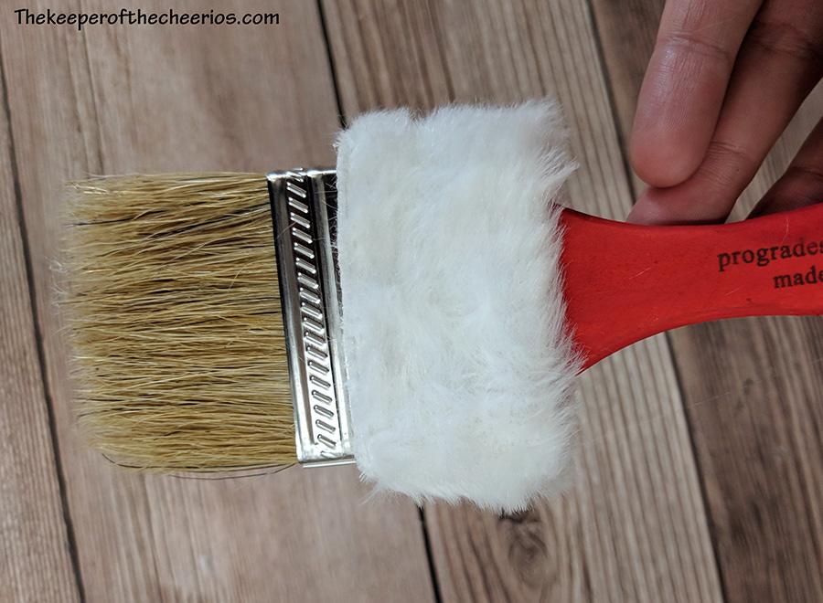santa-paint-brush-3