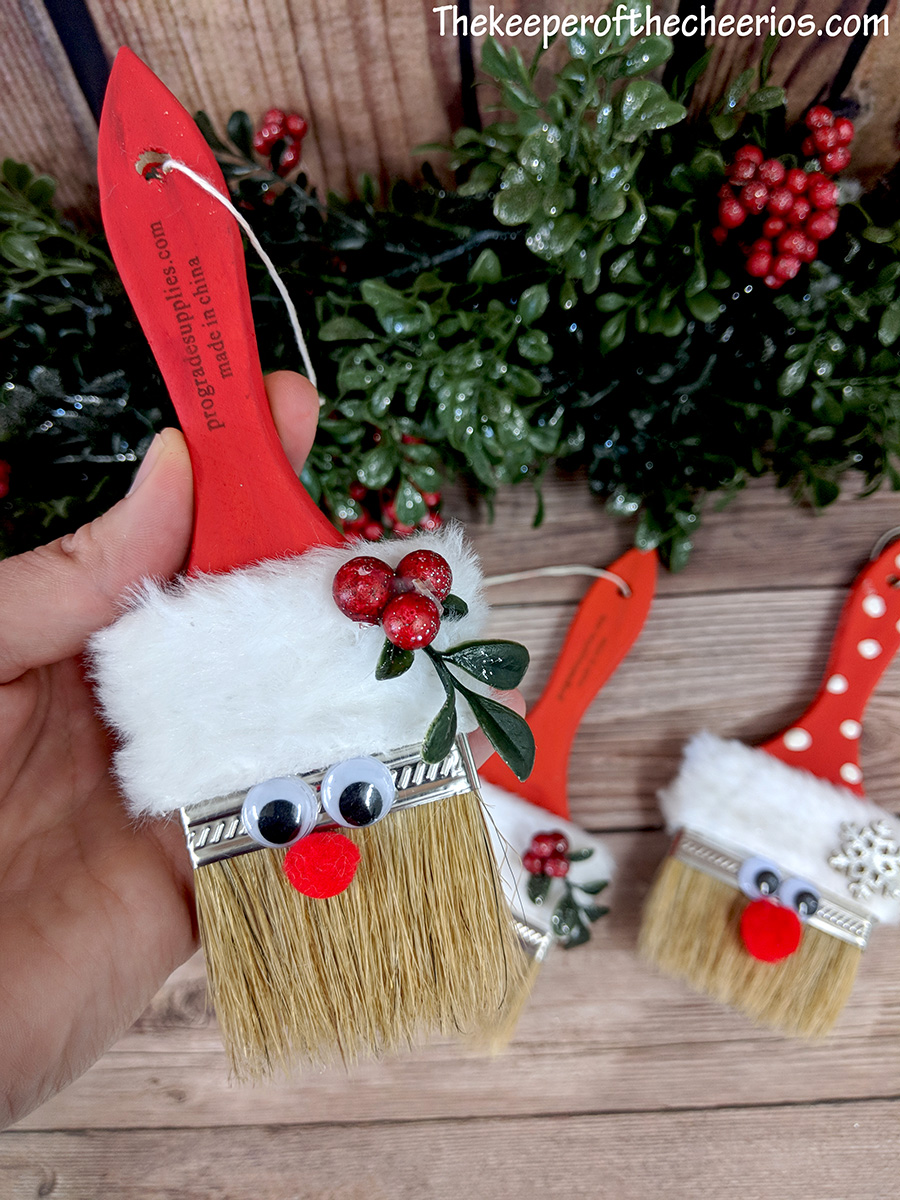 santa-paint-brush-8