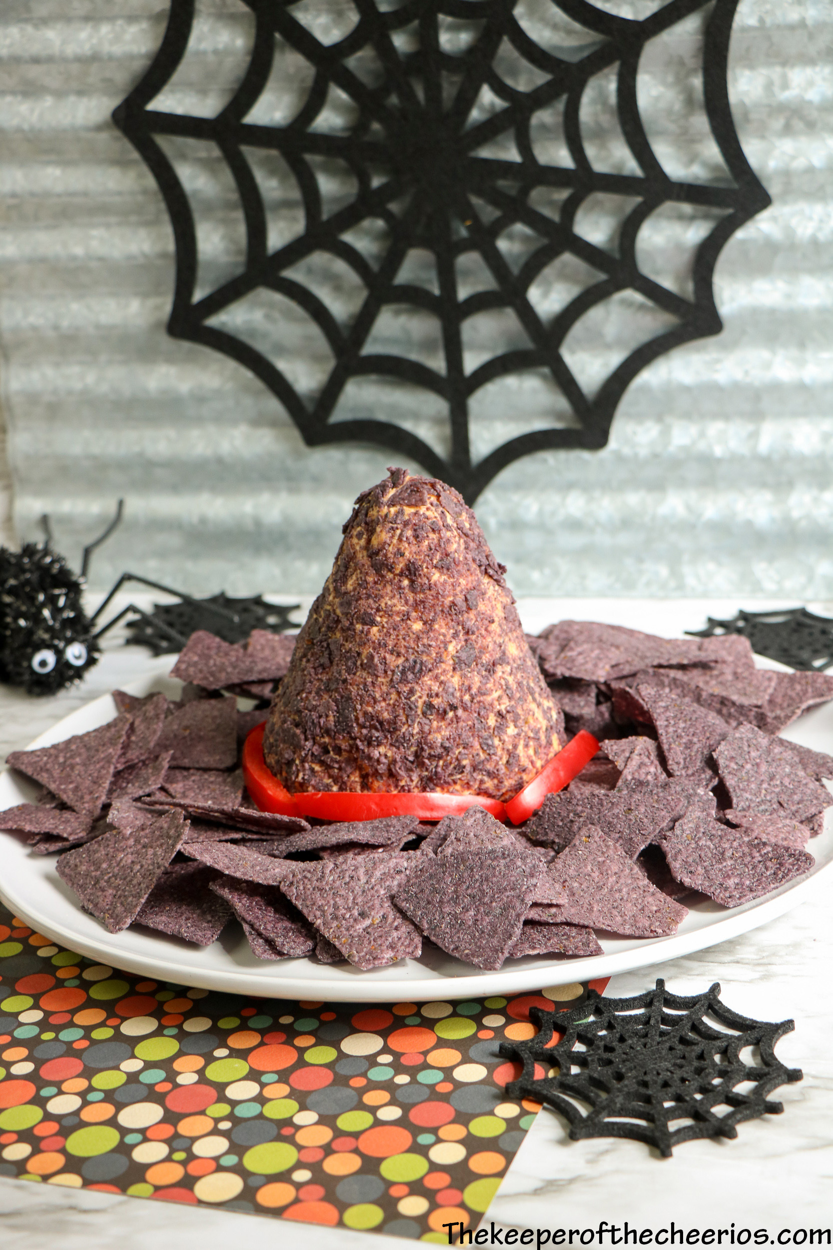 witch-hat-cheeseball-5