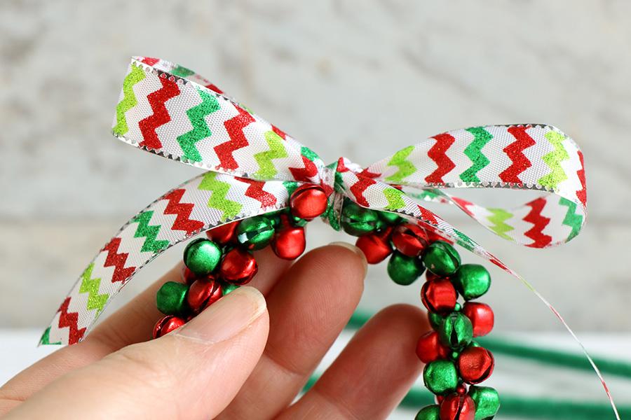 Jingle-Bell-Ornament-wreath-6