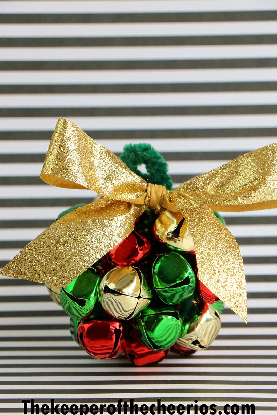 Jingle-Bells-Ball-Ornaments-10