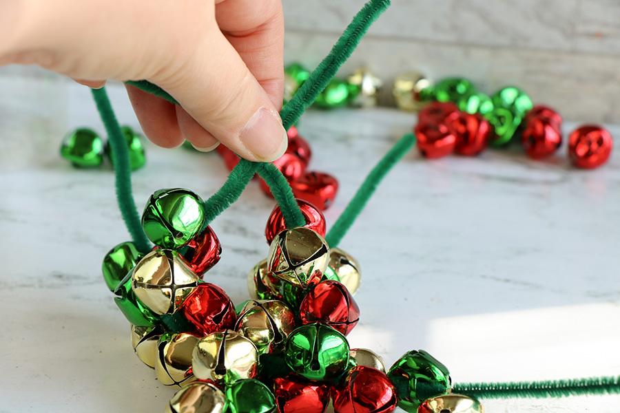 Jingle-Bells-Ball-Ornaments-4