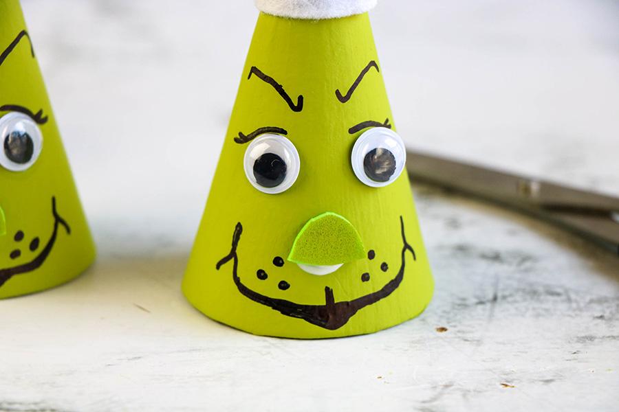 grinch-cones-6
