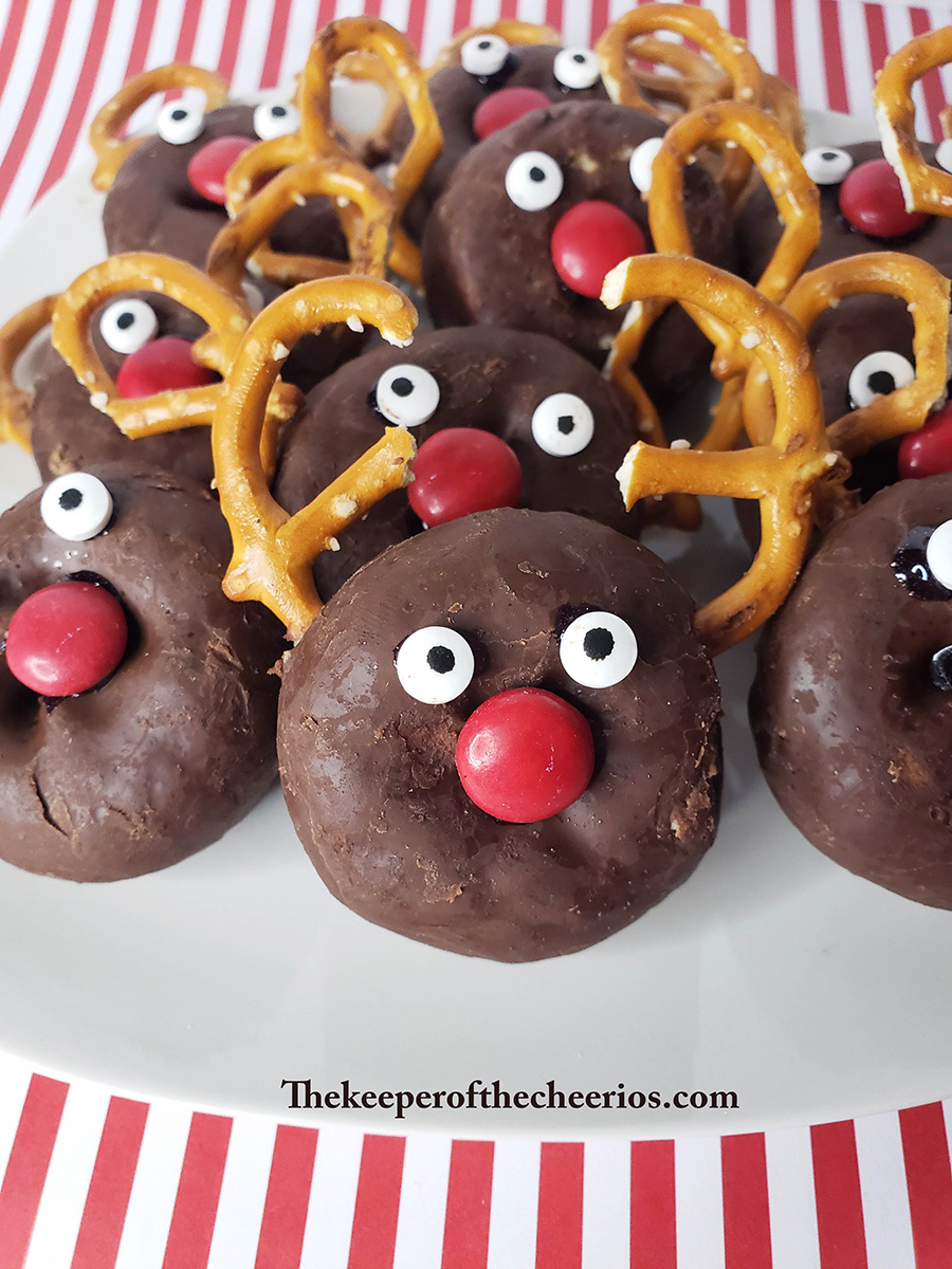 rudolph-donuts-1