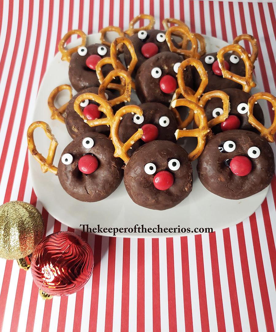 rudolph-donuts-2