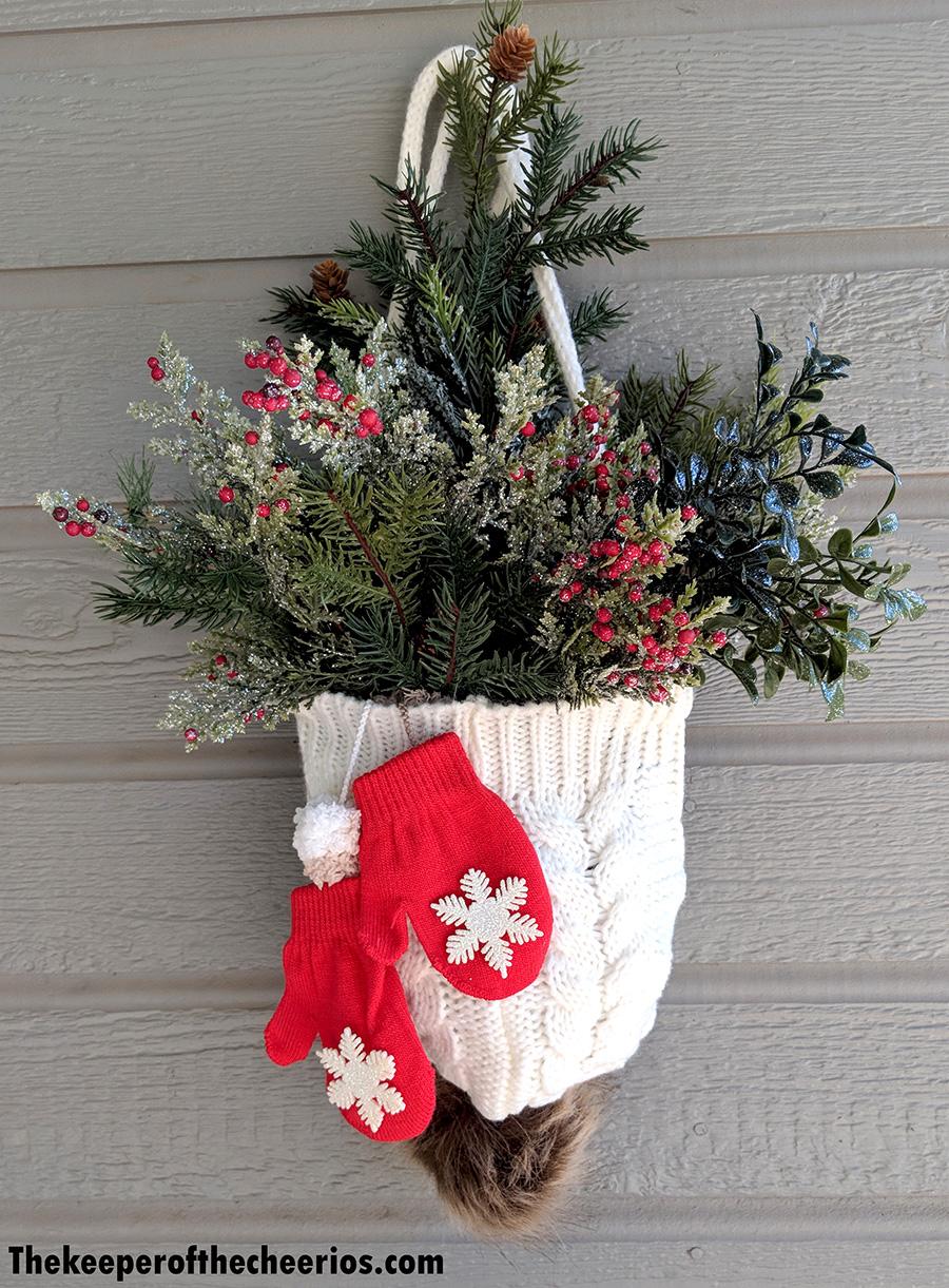 winter-hat-and-mittens-door-hang