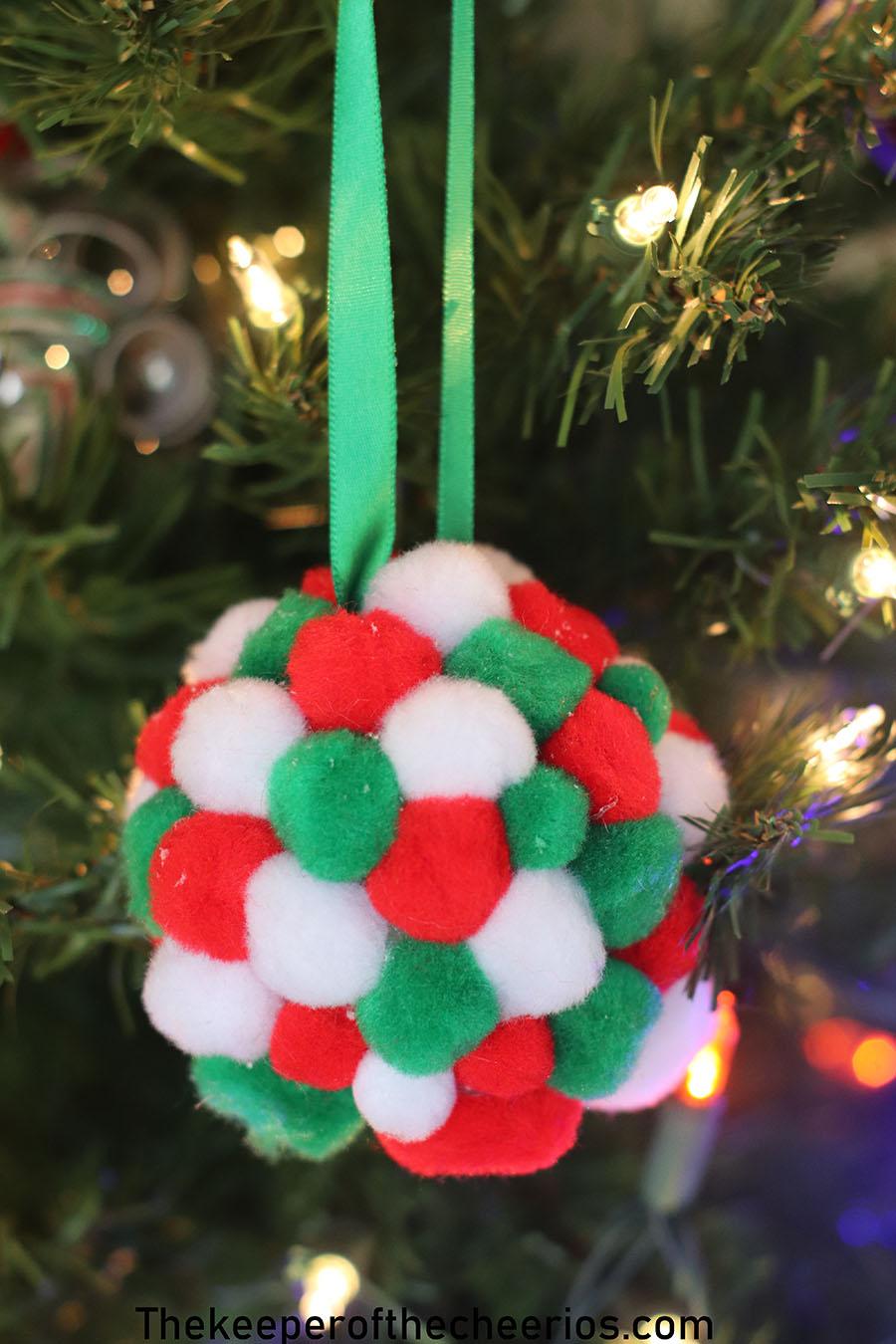 Styrofoam-Pom-Pom-Ornament-3