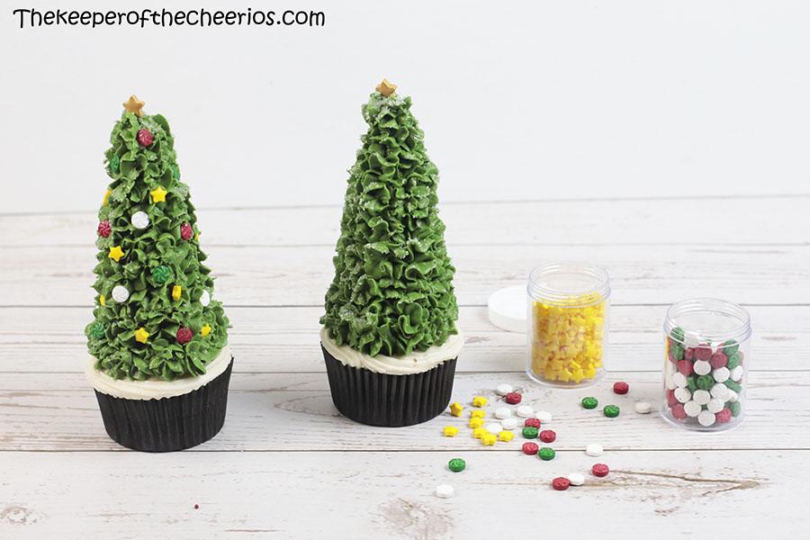 christmas-tree-cone-cupcakes-2