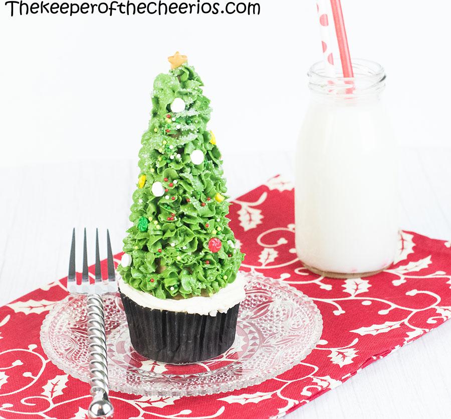 christmas-tree-cone-cupcakes-4