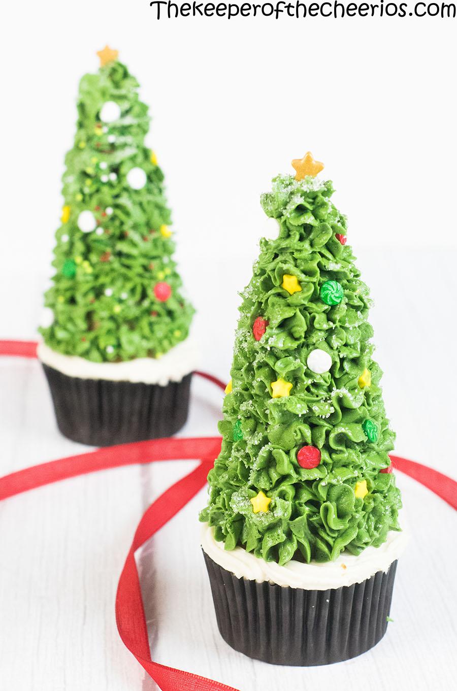 christmas-tree-cone-cupcakes-5