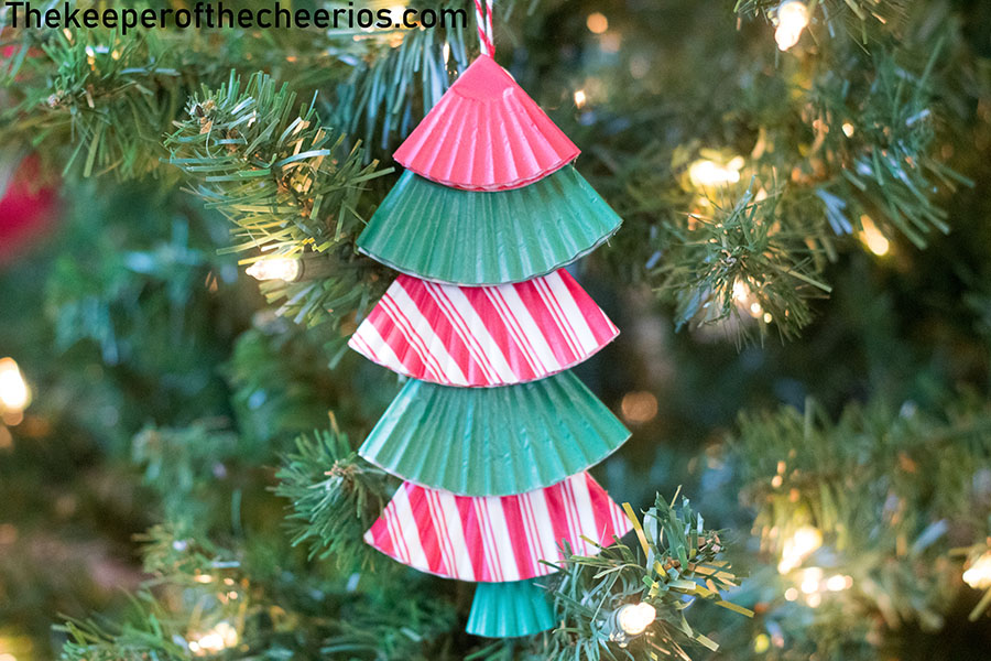 christmas-tree-cupcake-liner-ornament-3