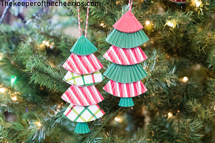 christmas-tree-cupcake-liner-ornament-4