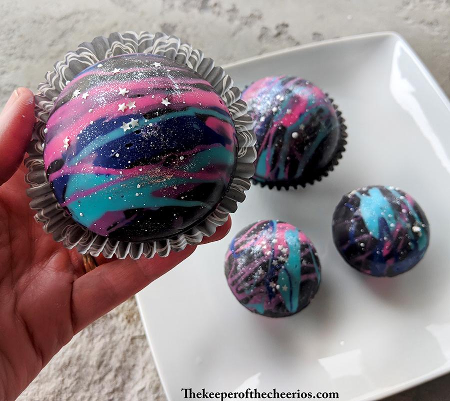 galaxy-cocoa-bombs-12
