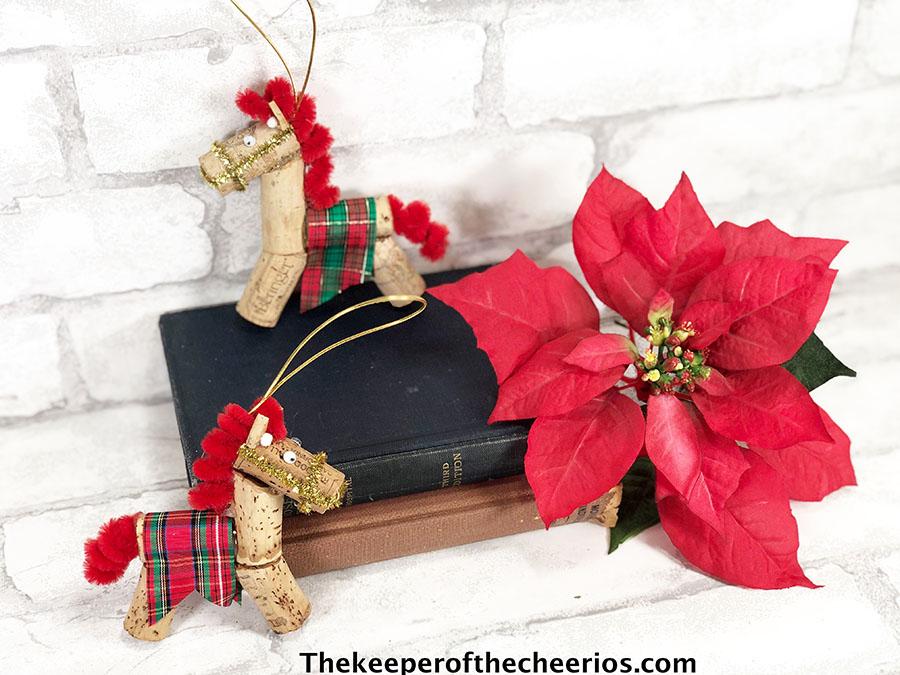 horse-ornaments-2