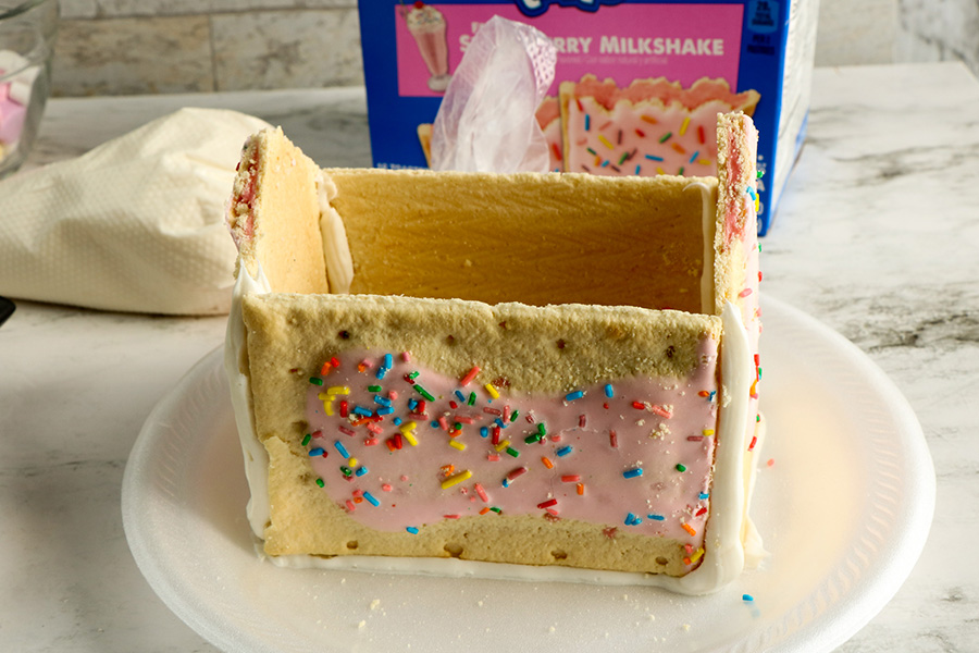 Valentines-Day-Pop-Tart-Houses-4