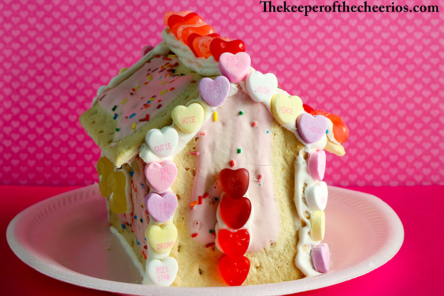 Valentines-Day-Pop-Tart-Houses-8
