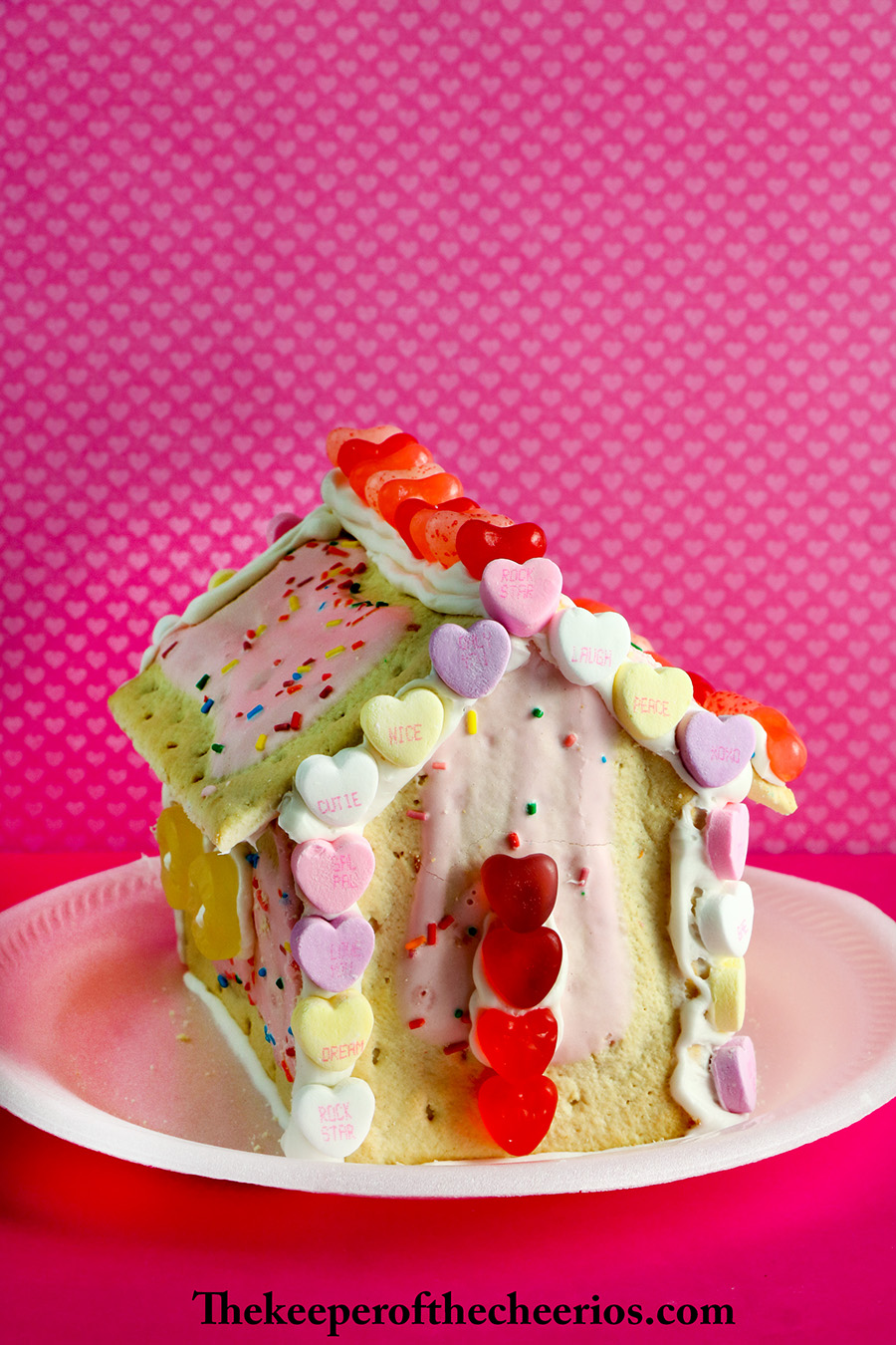 Valentines-Day-Pop-Tart-Houses-9