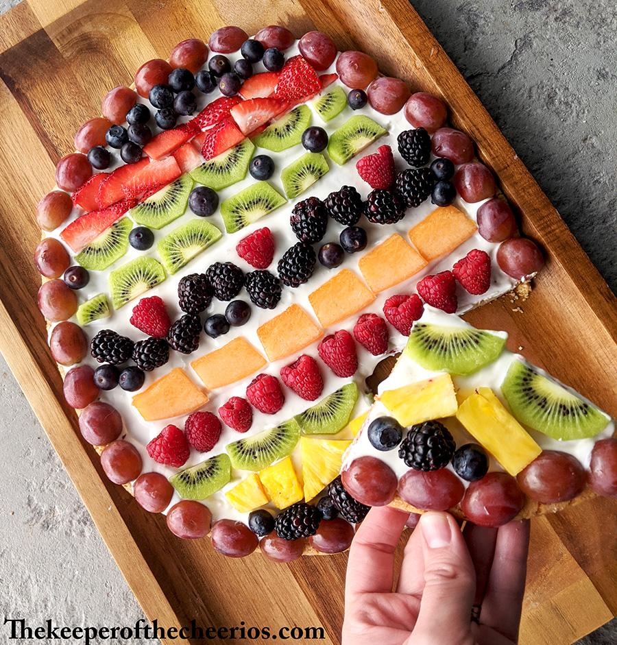 easter-egg-fruit-pizza-7