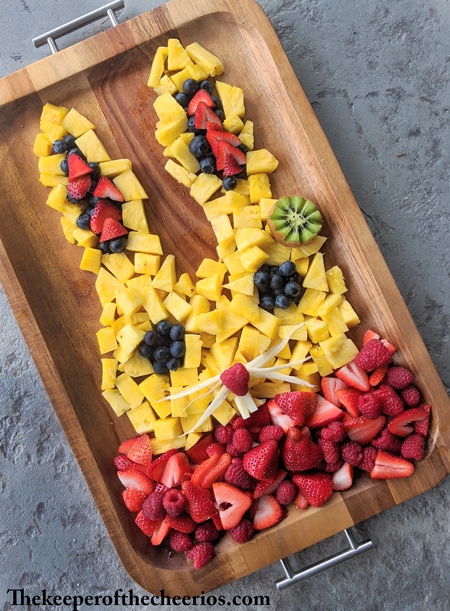 easter-fruit-tray-bunny-1