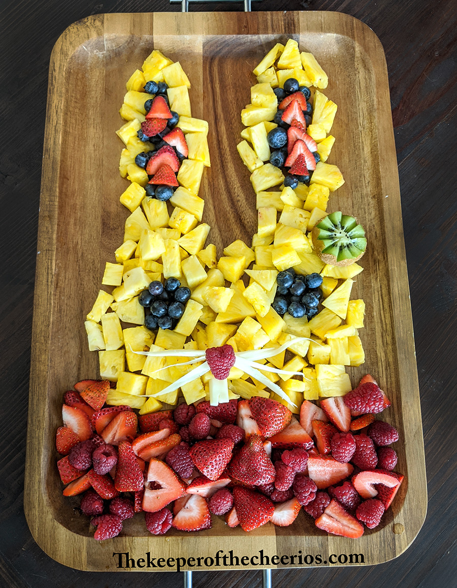 easter-fruit-tray-bunny-2