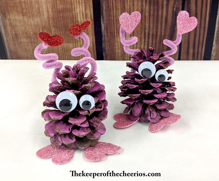 pinecone-love-bugs-6