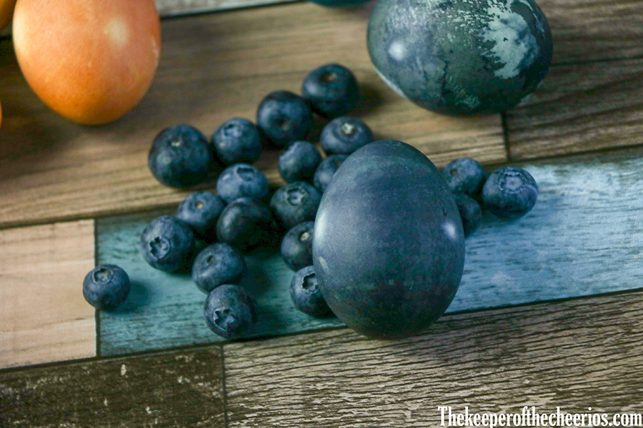 Naturally-Dyed-Easte-Eggs-8
